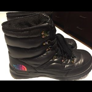 The North Face boots, size 8. NWOT $60